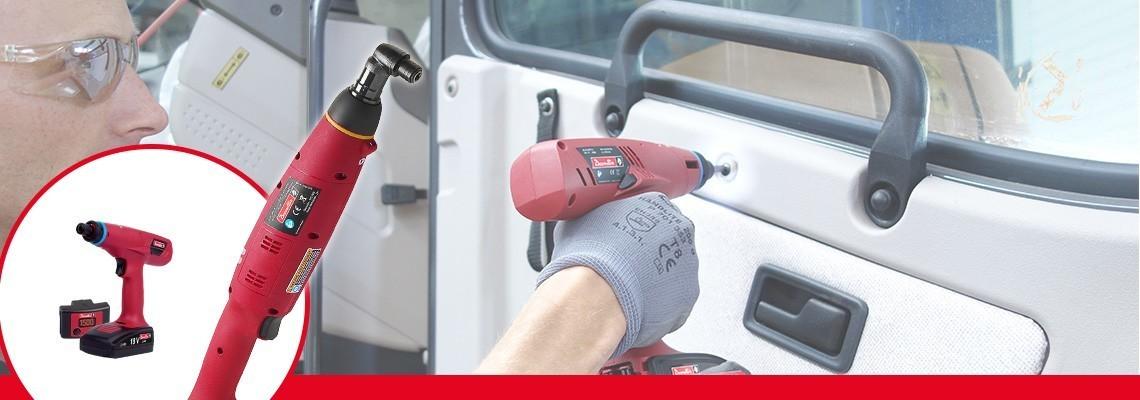 Découvrez les séries E-LIT par Desoutter Tools. La meilleure ergonomie pour outils à embrayage à batterie de 0,4 à 60 Nm, 2 vitesses et un logiciel config
